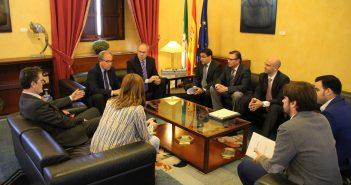Reunión Acema Presidente Parlamento Andalucía Plan Renove Mueble