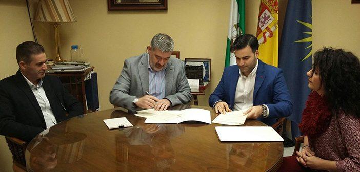 Firma Adenda Al Convenio Marco Ayuntamiento de Écija y Aemmce